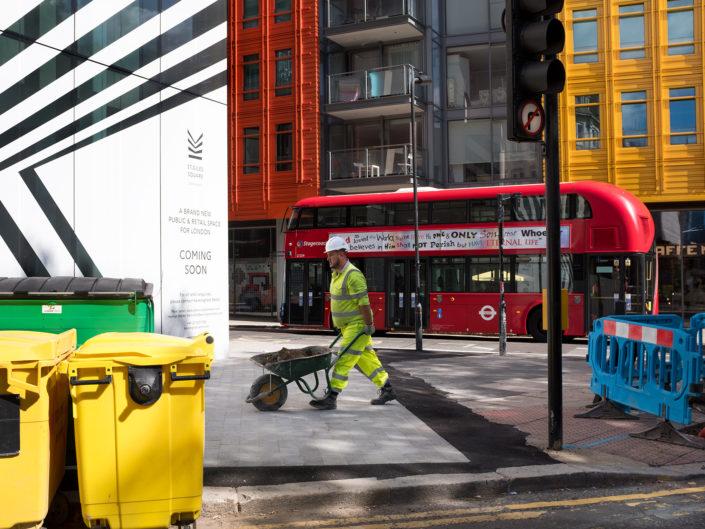 Street Scene, London by Street Photographer Nick Turpin